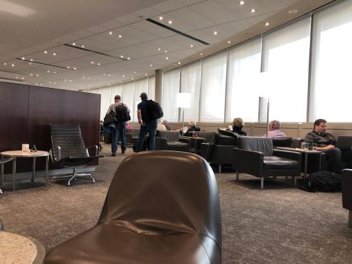 YVR Maple Leaf Lounge